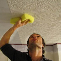 Наклейка потолочных плит из пенопласта и пенополистирола