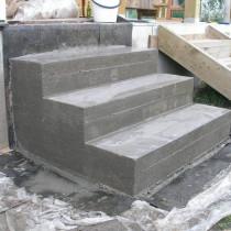Строительство бетонных ступеней для лестниц