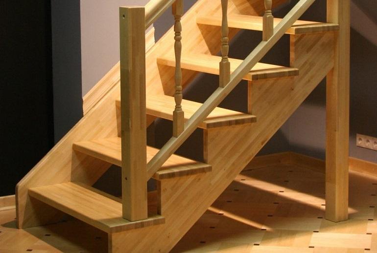 Самостоятельное изготовление деревянной лестницы