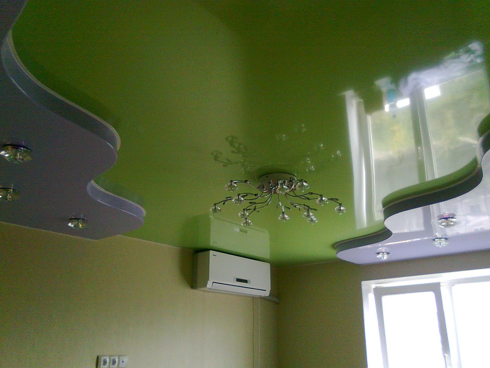 Натяжные потолки в спальне: 60 современных вариантов, фото 21