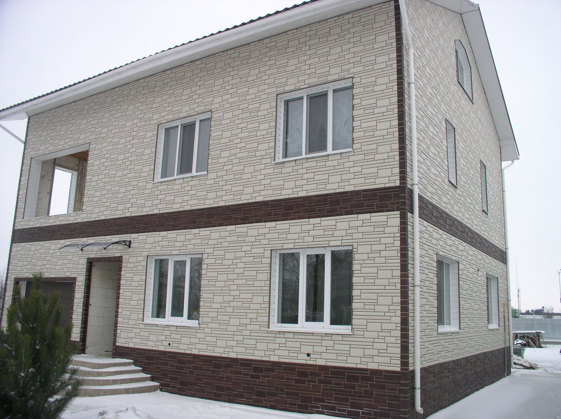 Обшить кирпичный дом профнастилом своими руками фото 933