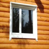Как происходит установка пластиковых окон в деревянном доме?