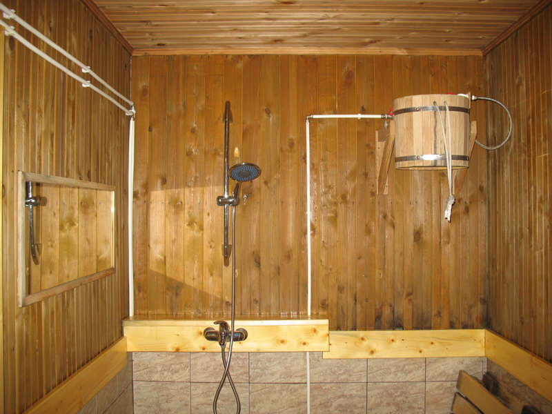Баня своими руками с душем 753