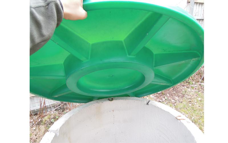 Пластиковая крышка