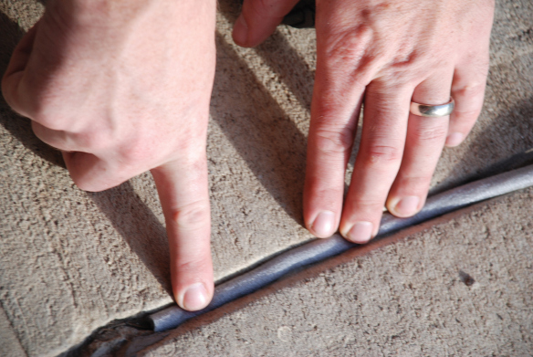 Шнур для трещин в бетоне