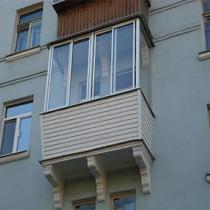 Стеклим балкон алюминиевым профилем