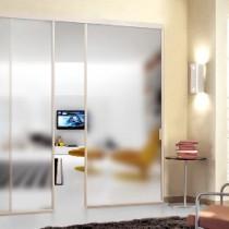 Разделение пространства перегородкой из гипсокартона с дверью